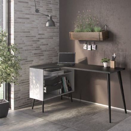 Oslo Desk in White and Matt Black